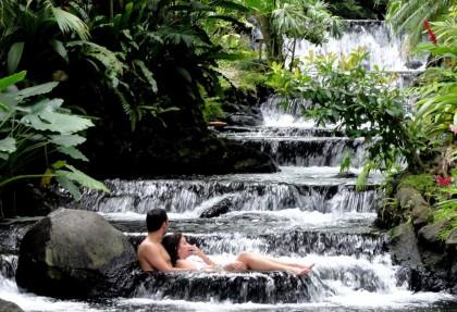 Le migliori acque termali del mondo in Tabacon Costa Rica.