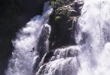 costa-rica-nauyaca-waterfall