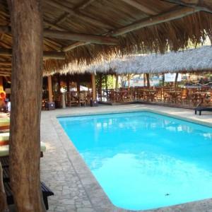 coco-beach-hotel-playa-del-coco-guanacaste-costarica