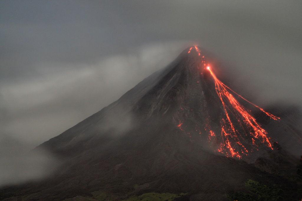 vulcano-arenal