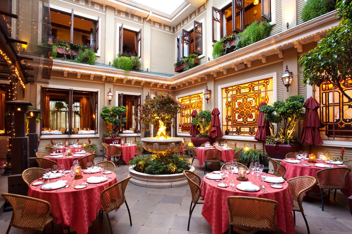 Hotel-Grano-de-Oro-Restaurant-Terrace